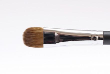 Кисть для теней MAKE-UP-SECRET 144 соболь: фото