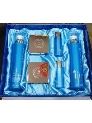 Набор уходовый на водной основе DEOPROCE SPECIAL WATER PLUS SET 120мл*2 /50мл*2 / 30мл*2: фото